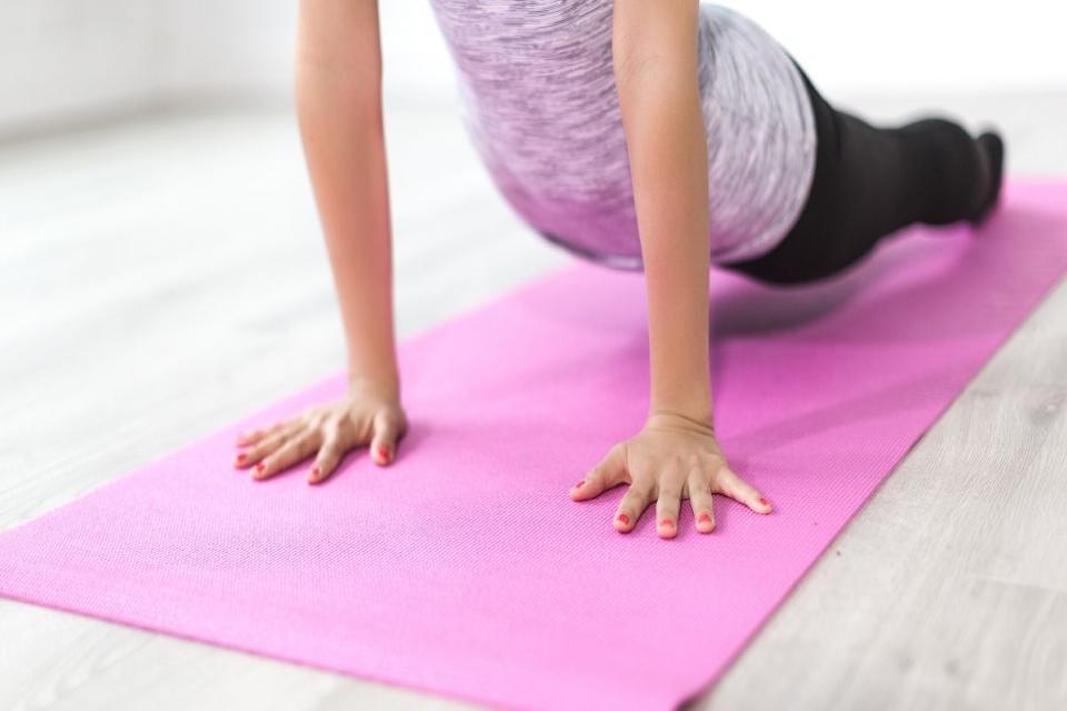 ejercicios estiramientos espalda 2